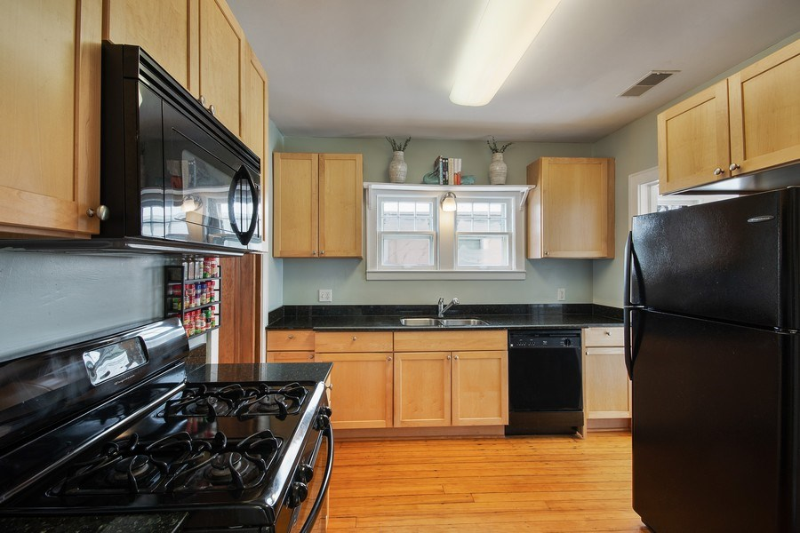 Real Estate Photography - 2166 Randolph Ave.Unit #2, ST. Paul, MN, 55105 - Kitchen