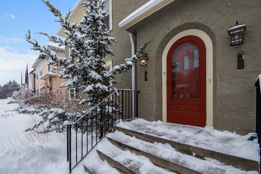 Real Estate Photography - 2166 Randolph Ave.Unit #2, ST. Paul, MN, 55105 - Entryway