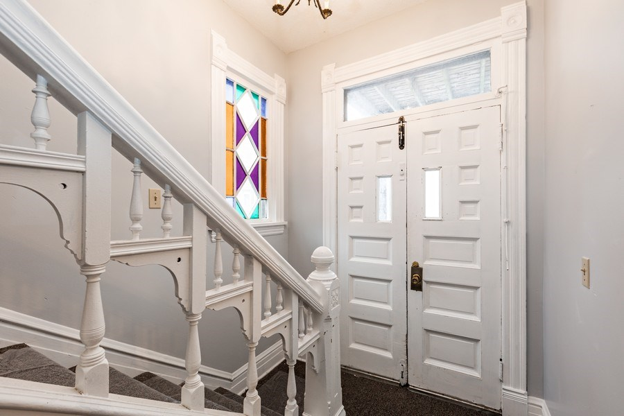 Real Estate Photography - 2115 Bloomington Avenue, Minneapolis, MN, 55404 - Entryway