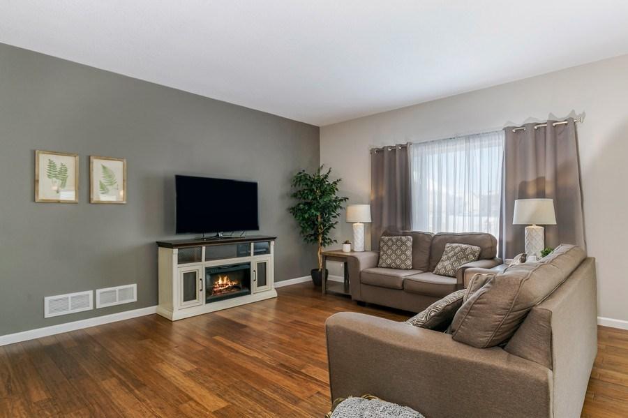 Real Estate Photography - 2227 Longhorn Ln, Buffalo, MN, 55313 - Living Room