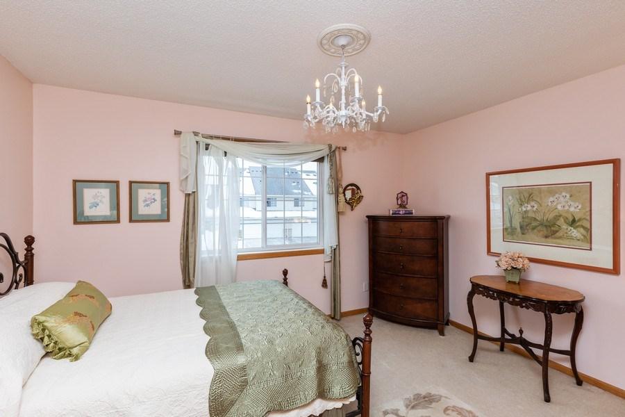 Real Estate Photography - 2193 Flamingo Drive, Shakopee, MN, 55379 - Master Bedroom