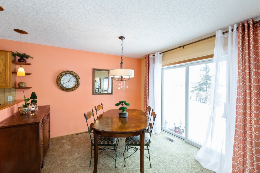 Real Estate Photography - 2193 Flamingo Drive, Shakopee, MN, 55379 - Dining Area