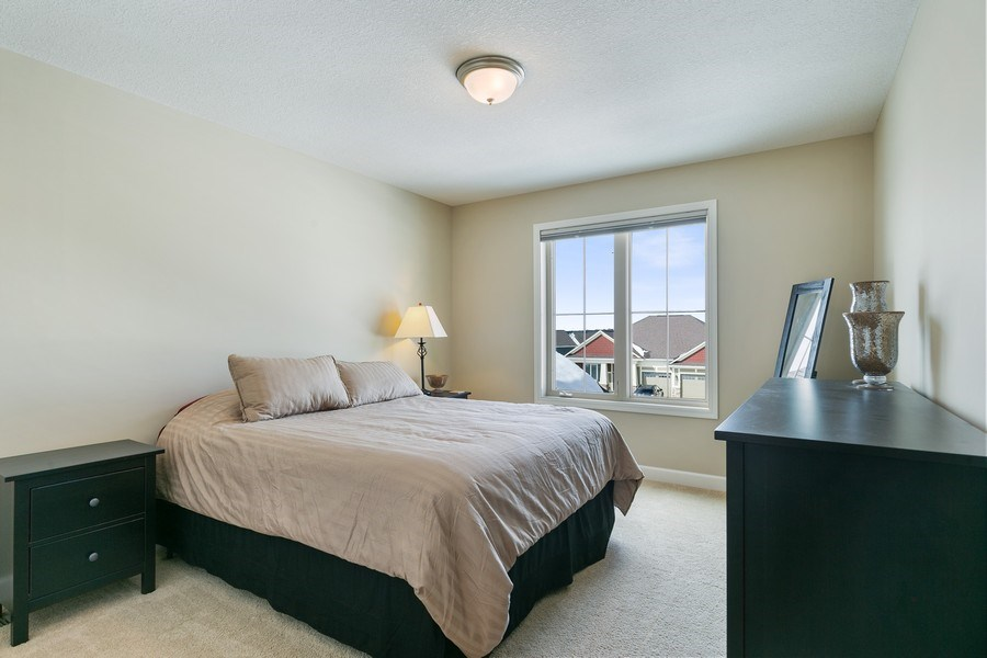Real Estate Photography - 1371 Pleasant Lake Dr, Woodbury, MN, 55129 - 2nd Bedroom