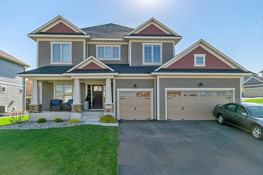 Real Estate Photography - 1371 Pleasant Lake Dr, Woodbury, MN, 55129 - Front View