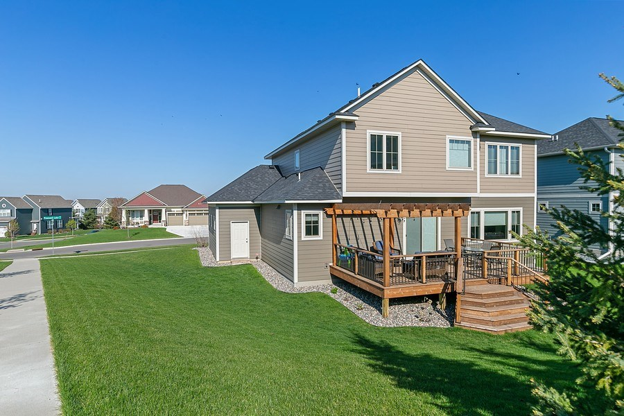 Real Estate Photography - 1371 Pleasant Lake Dr, Woodbury, MN, 55129 - Rear View