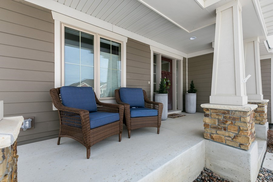 Real Estate Photography - 1371 Pleasant Lake Dr, Woodbury, MN, 55129 - Porch