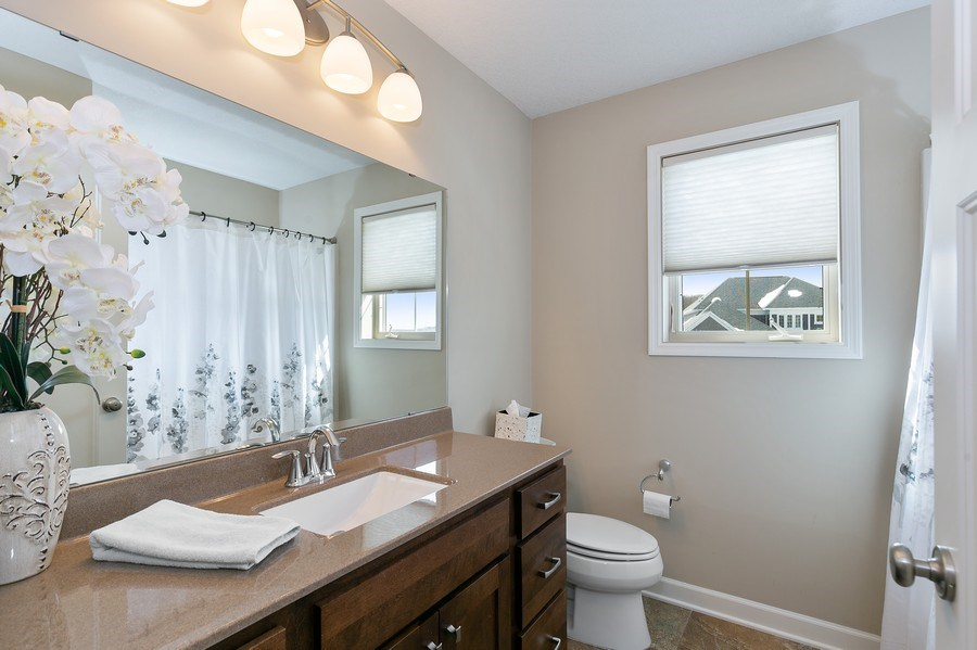 Real Estate Photography - 1371 Pleasant Lake Dr, Woodbury, MN, 55129 - 2nd Bathroom