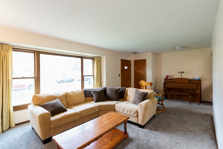 Real Estate Photography - 1056 Cobb Rd, Shoreview, MN, 55126 - Living Room