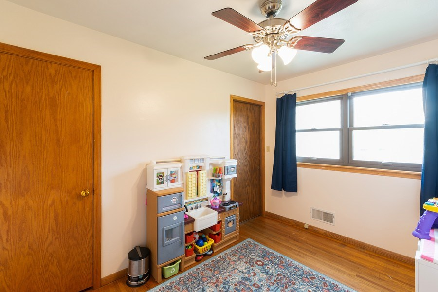 Real Estate Photography - 1056 Cobb Rd, Shoreview, MN, 55126 - Bedroom