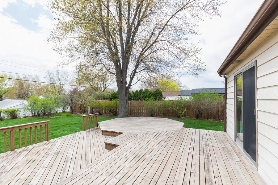 Real Estate Photography - 1056 Cobb Rd, Shoreview, MN, 55126 - Deck