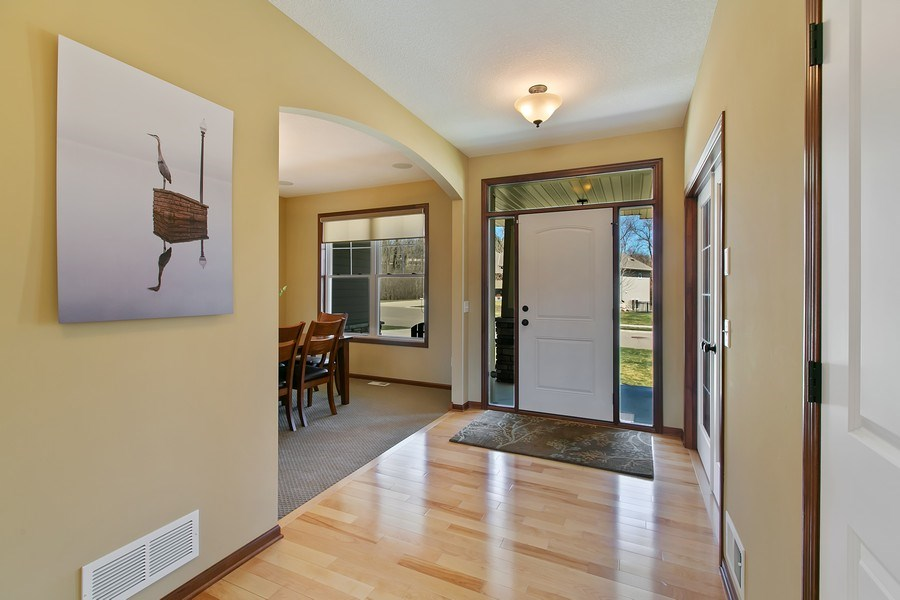 Real Estate Photography - 15385 55th Ct N, Plymouth, MN, 55446 - Welcome Home! Sunny & spacious Front Entry