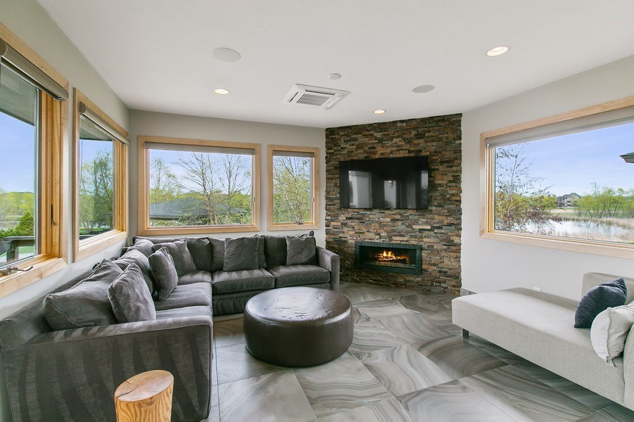 Real Estate Photography - 19555 Oak Grove Ave, Prior Lake, MN, 55372 - Sun Room