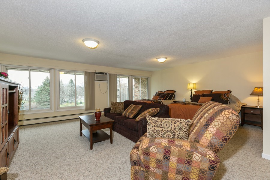Real Estate Photography - 4045 Hodgson Rd, Unit 109, Shoreview, MN, 55126 - Guest Room