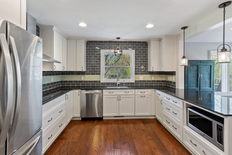 Real Estate Photography - 4757 Coventry Rd., E., Minnetonka, MN, 55345 - Kitchen