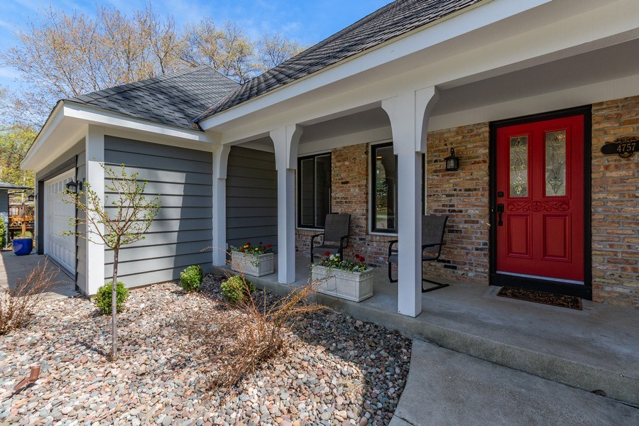Real Estate Photography - 4757 Coventry Rd., E., Minnetonka, MN, 55345 - Entryway
