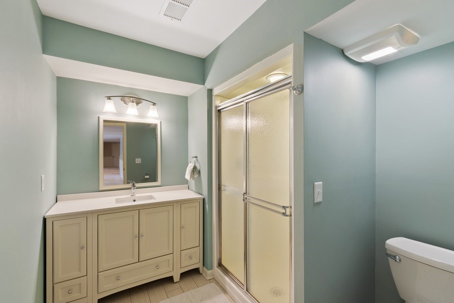 Real Estate Photography - 4757 Coventry Rd., E., Minnetonka, MN, 55345 - 2nd Bathroom