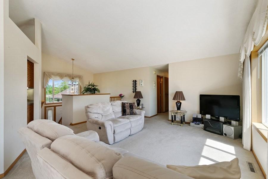 Real Estate Photography - 8761 Alamo Cir, Blaine, MN, 55449 - Living Room