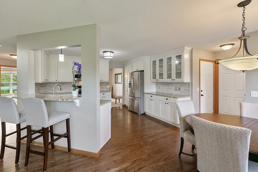 Real Estate Photography - 8589 176th St w, Lakeville, MN, 55044 - Kitchen