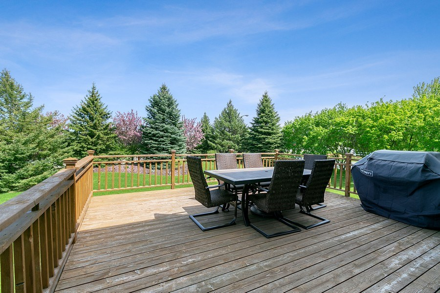 Real Estate Photography - 8589 176th St w, Lakeville, MN, 55044 - Deck