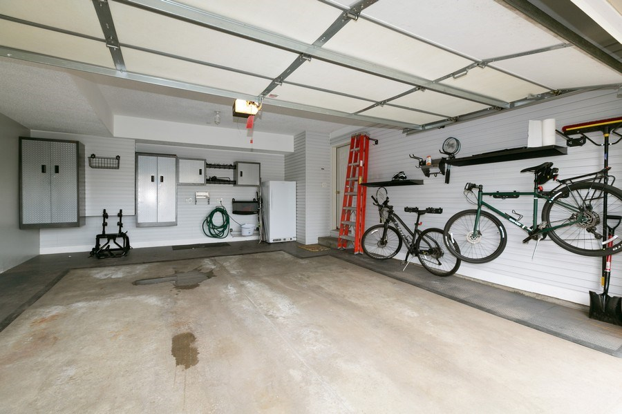 Real Estate Photography - 18832 Inca Ave, Lakeville, MN, 55044 - Garage