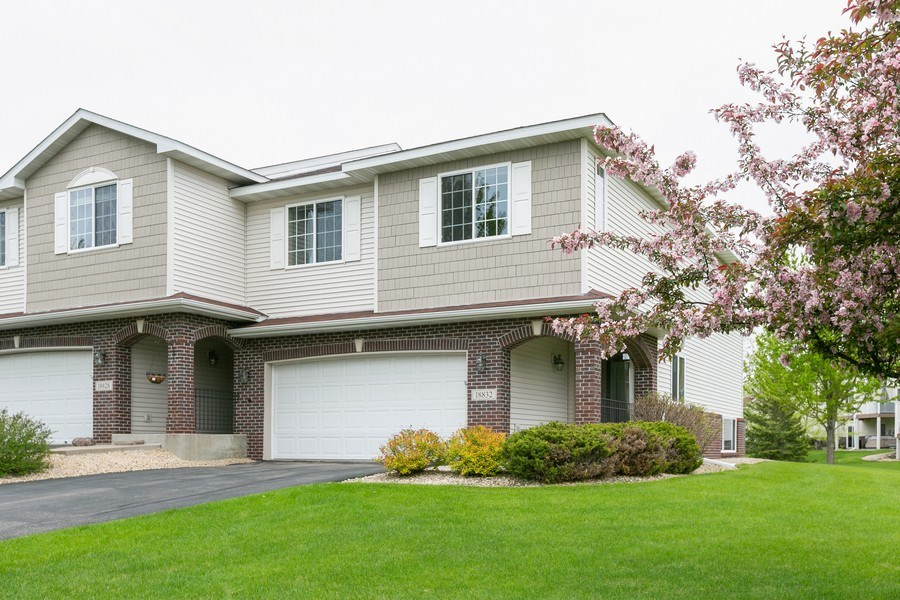 Real Estate Photography - 18832 Inca Ave, Lakeville, MN, 55044 - Front View