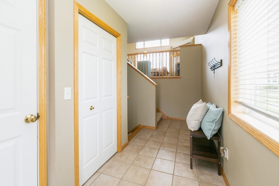 Real Estate Photography - 18832 Inca Ave, Lakeville, MN, 55044 - Entryway
