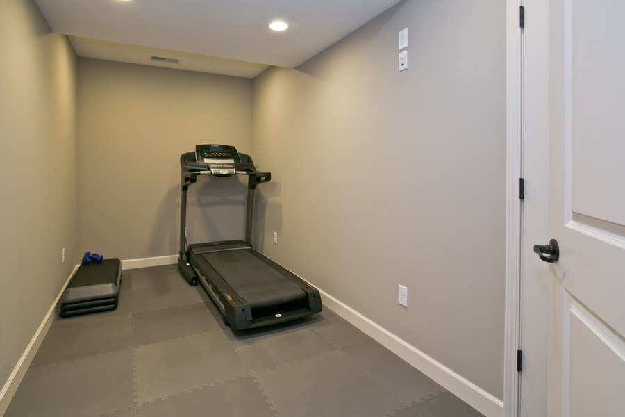 Real Estate Photography - 9274 67th St S, Cottage Grove, MN, 55016 - Exercise Room