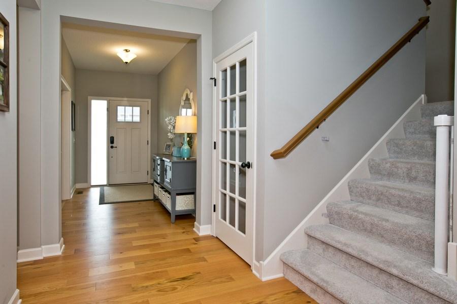 Real Estate Photography - 9274 67th St S, Cottage Grove, MN, 55016 - Foyer