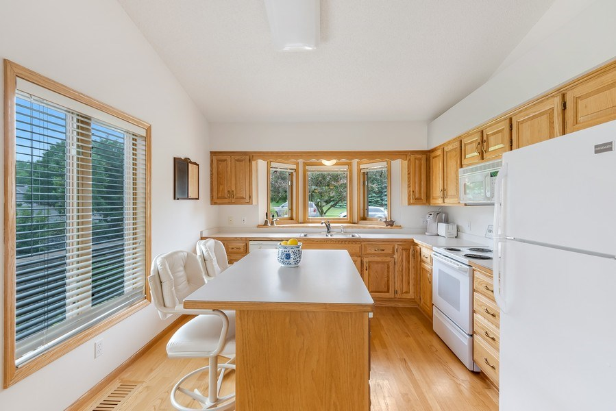 Real Estate Photography - 10954 Leaping Deer Ln, Eden Prairie, MN, 55344 - Kitchen