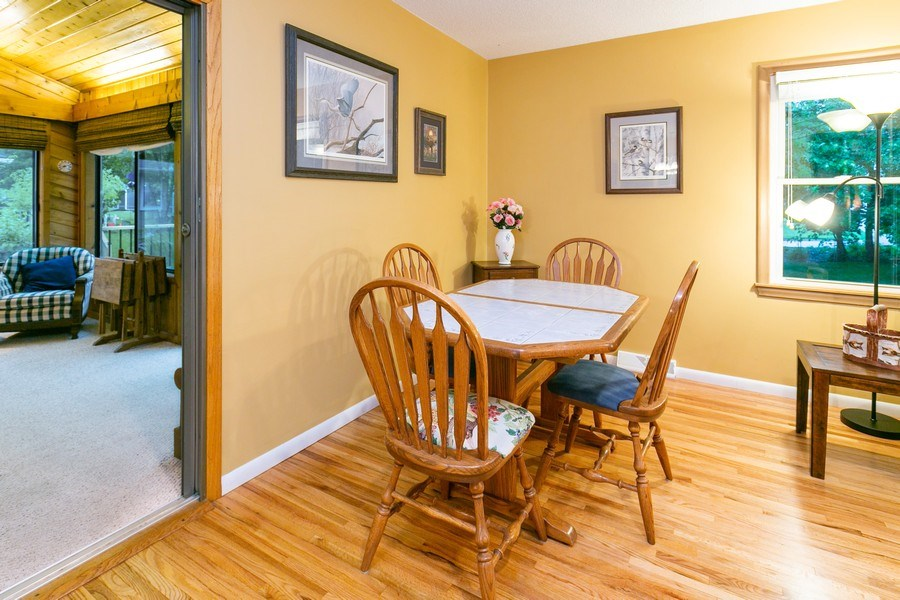 Real Estate Photography - 5302 Holiday Road, Minnetonka, MN, 55345 - Informal Dining