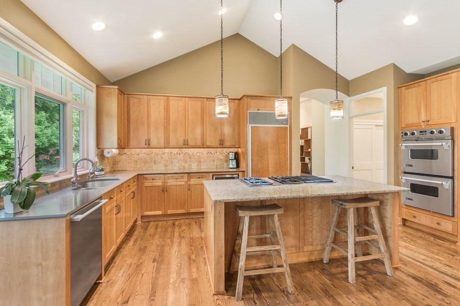 Real Estate Photography - 11614 Cedar Pass, Minnetonka, MN, 55305 - Kitchen