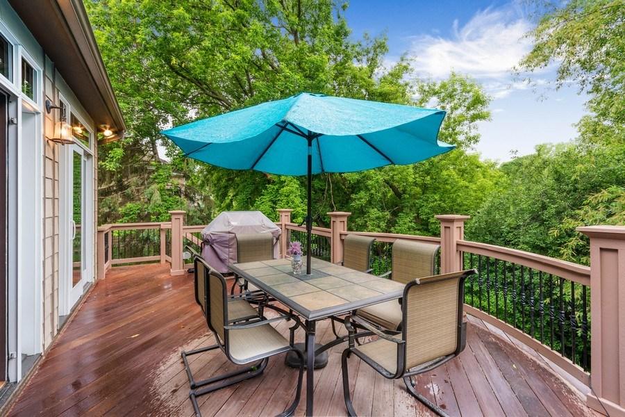 Real Estate Photography - 11614 Cedar Pass, Minnetonka, MN, 55305 - Deck