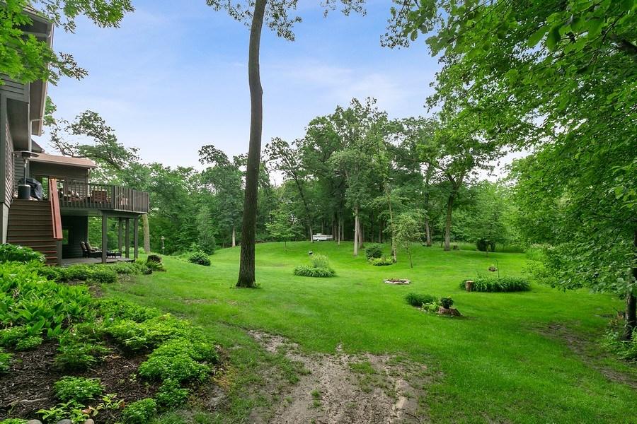 Real Estate Photography - 22861 Ridge Cir, Lakeville, MN, 55044 - Side Yard