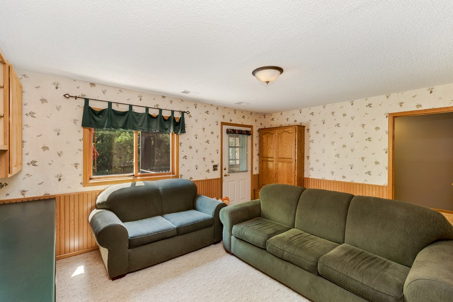 Real Estate Photography - 1802 Sakenda Road, Buffalo, MN, 55313 - Family Room