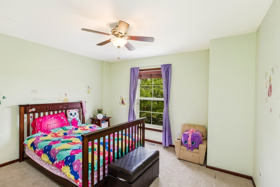 Real Estate Photography - 2122 Rockridge Circle, Shakopee, MN, 55379 - 2nd Bedroom