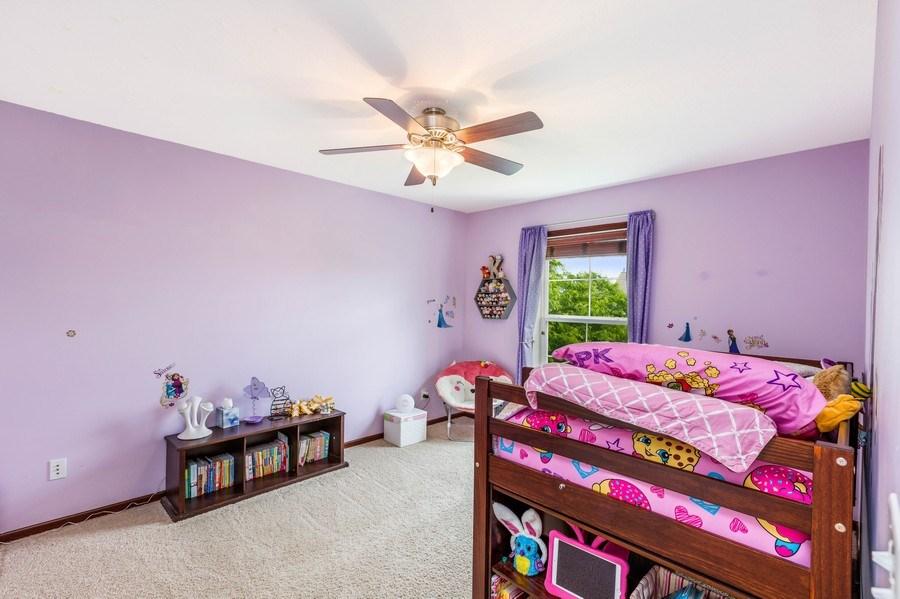 Real Estate Photography - 2122 Rockridge Circle, Shakopee, MN, 55379 - 3rd Bedroom