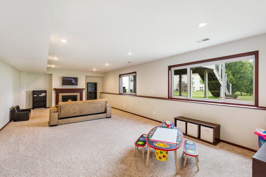 Real Estate Photography - 2122 Rockridge Circle, Shakopee, MN, 55379 - Family Room