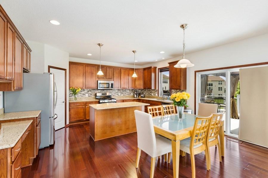 Real Estate Photography - 2122 Rockridge Circle, Shakopee, MN, 55379 - Kitchen