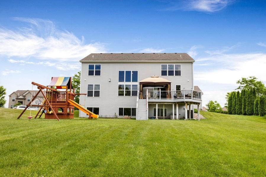 Real Estate Photography - 2122 Rockridge Circle, Shakopee, MN, 55379 - Rear View