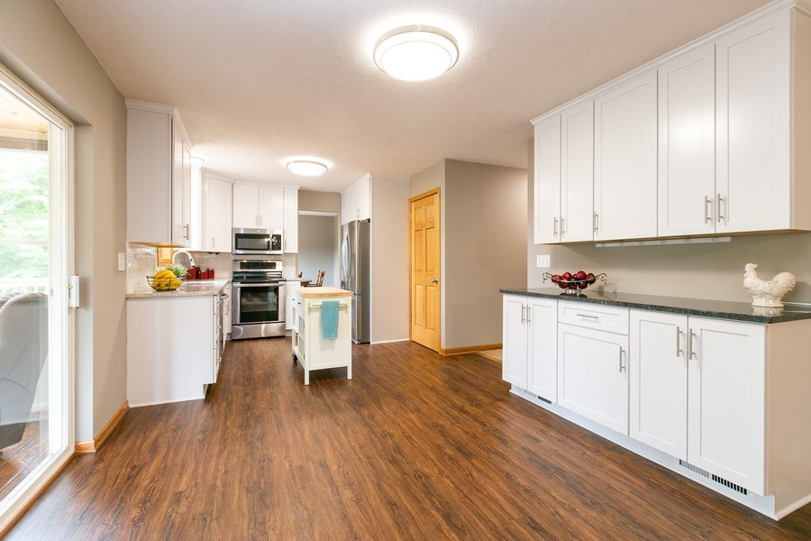 Real Estate Photography - 1430 Aretz CT, Victoria, MN, 55386 - Kitchen