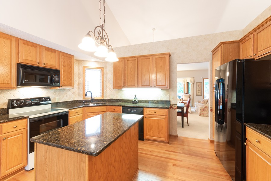 Real Estate Photography - 2109 Overlook Drive, Bloomington, MN, 55431 - Kitchen
