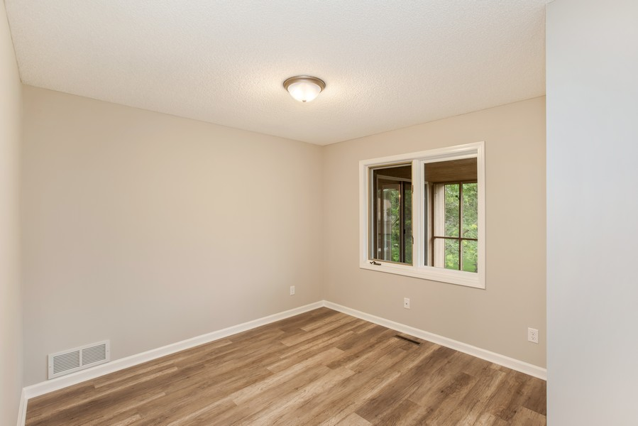 Real Estate Photography - 14367 Embry Path, Apple Valley, MN, 55124 - 2nd Bedroom