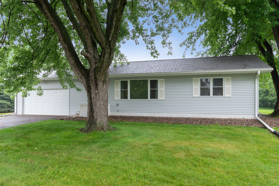 Real Estate Photography - 13830 Sunset Trail, Plymouth, MN, 55441 - Front View
