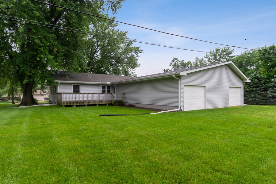 Real Estate Photography - 13830 Sunset Trail, Plymouth, MN, 55441 - Rear View