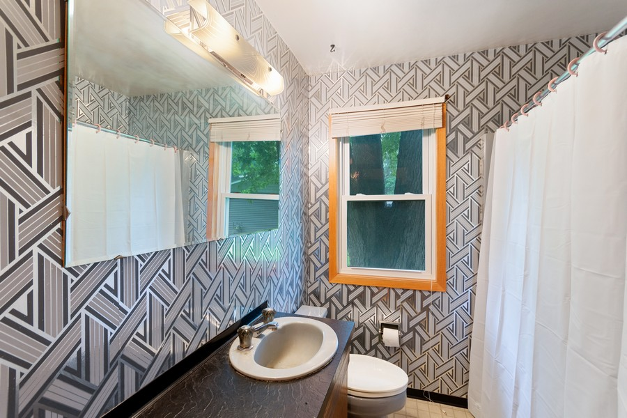 Real Estate Photography - 13830 Sunset Trail, Plymouth, MN, 55441 - Bathroom