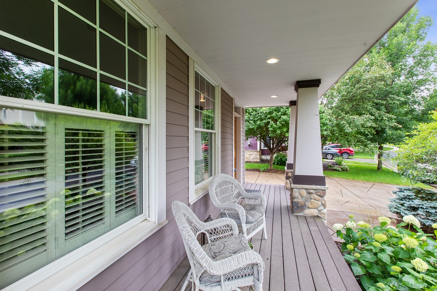 Real Estate Photography - 425 Country Road, Stillwater, MN, 55082 - Porch