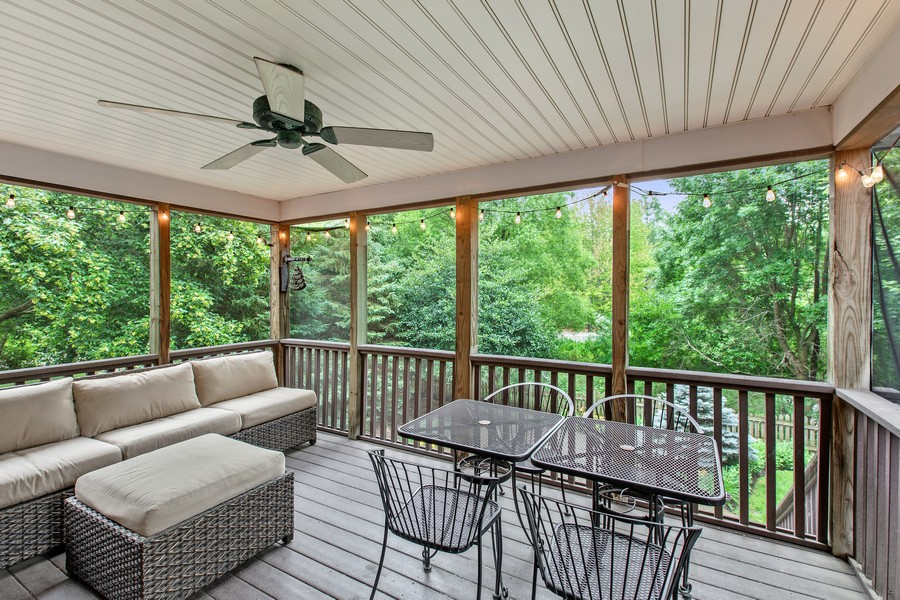 Real Estate Photography - 425 Country Road, Stillwater, MN, 55082 - Sun Room