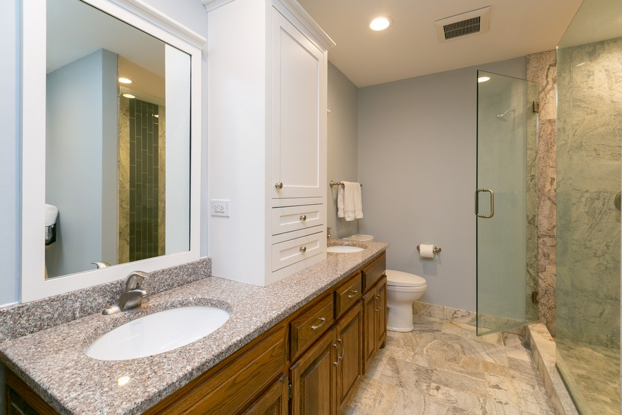 Real Estate Photography - 13311 Greenwich Ct, Apple Valley, MN, 55124 - Master Bathroom