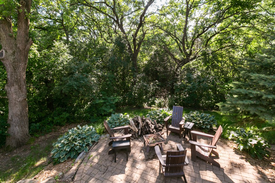 Real Estate Photography - 13311 Greenwich Ct, Apple Valley, MN, 55124 - Back Yard