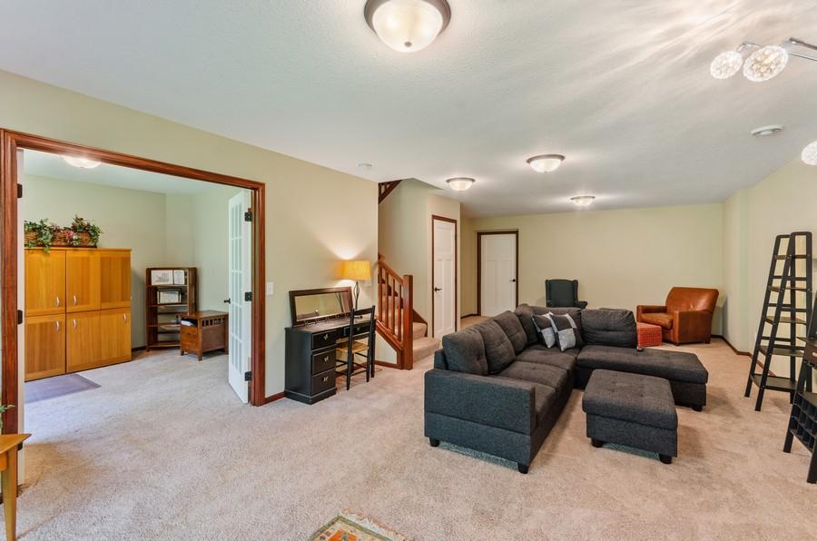 Real Estate Photography - 5160 Wild Marsh Dr, White Bear Lake, MN, 55110 - Family Room